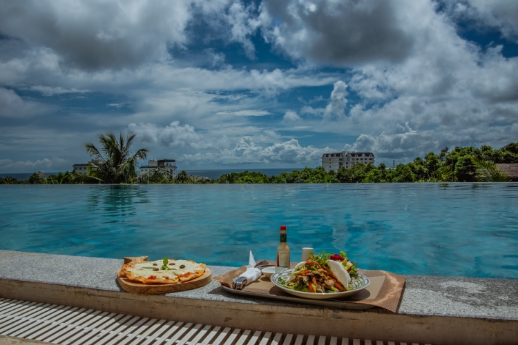 Lunch at Lahana Resort Phu Quoc