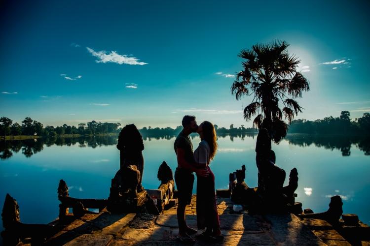 Sunrise at Srah Srang lake